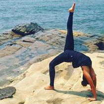TAMAO IWASAKI yoga